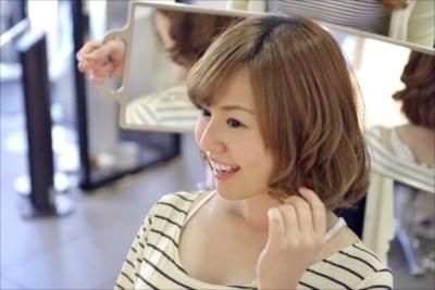 大阪の美容学校で専門知識を学ぶなら【ヴェールルージュ美容専門学校】 ~2年間のカリキュラムで夢を実現させよう~