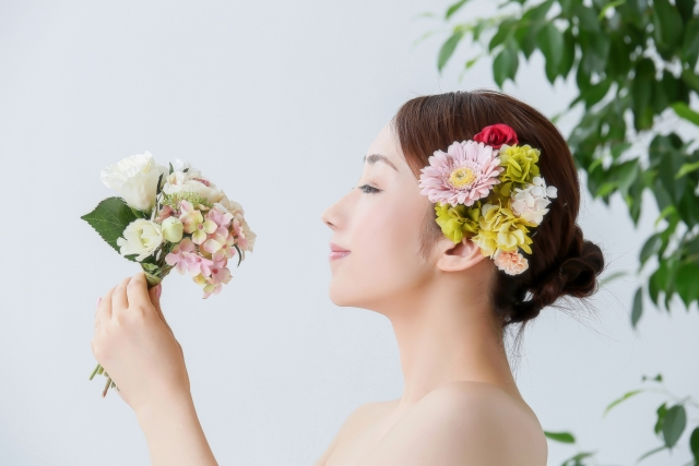 大阪の専門学校でブライダルスタイリストを目指すなら【ヴェールルージュ美容専門学校】へ