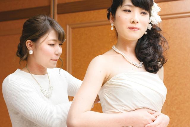 大阪の専門学校からスタイリストの道へ!【ヴェールルージュ美容専門学校】のトータルビューティーで自分の好きを見つけよう