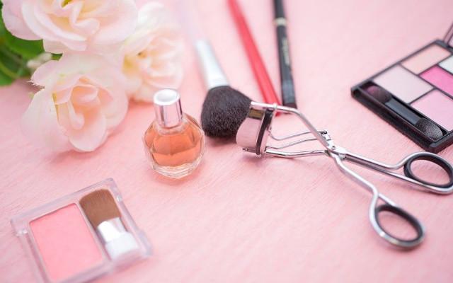 美容専門学校【ヴェールルージュ美容専門学校】で学ぶ~ヘアメイクスタイリストになるために~